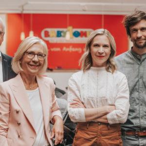 Die Familie hinter BabyOne (v.l.n.r.): Wilhelm Weischer, Gabriele Weischer, Dr. Anna Weber und Dr. Jan Weischer. Foto: BabyOne