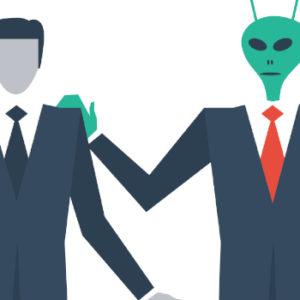 Ein Alien im Unternehmen? Mehr und mehr Familienunternehmer suchen den Kontakt zu Private-Equity-Investoren.