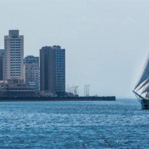 Die Avontuur auf dem Weg nach Kuba. Das Segelschiff soll laut Kapitän Cornelius Bockermann zum Nachdenken über die Konsumgesellschaft anregen.