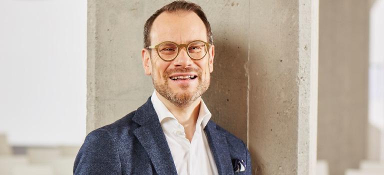 """Prof. Dr. Stephan A. Jansen gründete 2016 die """"Gesellschaft für urbane Mobilität"""" BICICLI Holding GmbH in Berlin."""