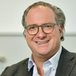 Florian Schauenburg entschied bei seinem Einstieg ins Familienunternehmen, die Heterogenität der Holding beizubehalten, anstatt sie zu bereinigen. Heute ist das diversifizierte Portfolio im Family Equity Modell relativ robust und krisenfest.
