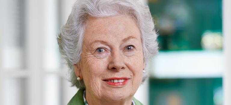 Eine Dame sieht Grün: Christiane Underberg hält Underberg zusammen und in Ordnung. Foto: Michael Neuhaus