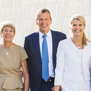 Ein Bild von Familie (v.r.n.l.): Mit Georg Wellendorff, seiner Frau Claudia und seinem Bruder Christoph steht seit Jahren die vierte Generation an der Spitze der Firma aus Pforzheim. Auch die Eltern Eva und Hanspeter sind noch im Betrieb.