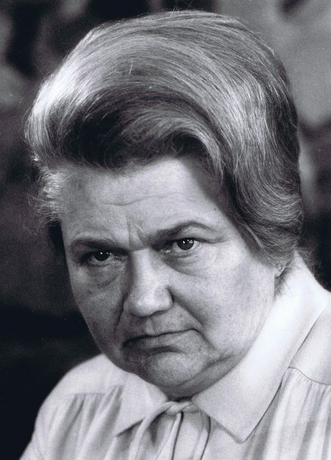 Margarete Underberg wurde durch ihren Mann Emil in die Geheimnisse der Rezeptur eingeweiht. Nach seinem überraschenden Tod 1958 übernimmt sie die Unternehmensführung.