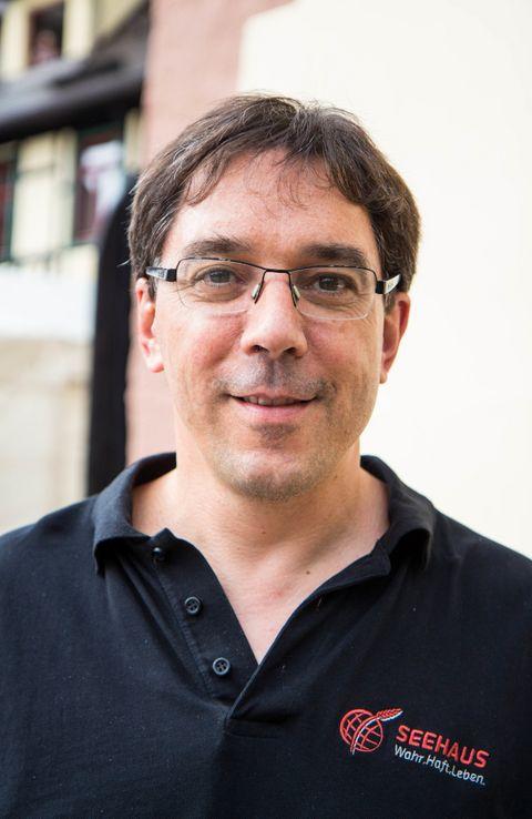 Tobias Merckle ist Sohn des Unternehmers Adolf Merckle. Er ist Verfasser diverser Werke für Kriminalprävention und Corporate Social Responsibility.